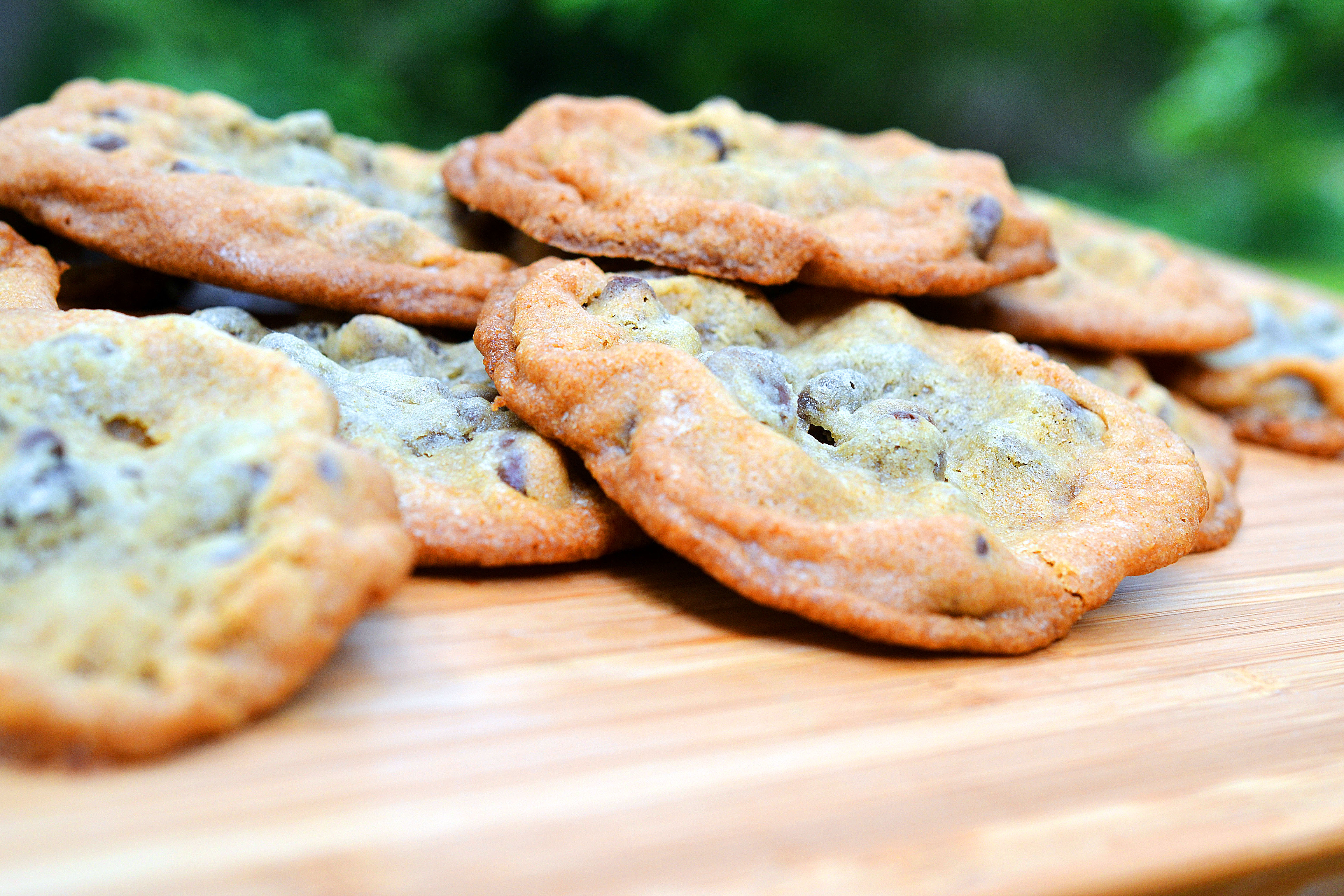CHOCOLATE CHIP ICE CREAM SANDWICHES | AMBS LOVES FOOD