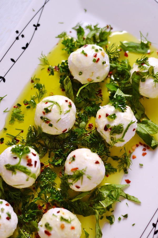 These Marinated Goats Cheese Balls are simple, easy, and so quick to ...