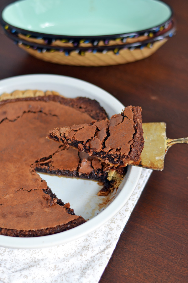Side view of lifted Easy Chocolate Pie.