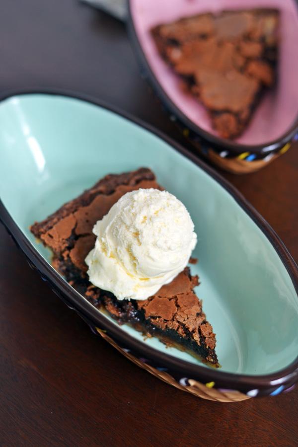 Ice cream and Easy Chocolate Pie.
